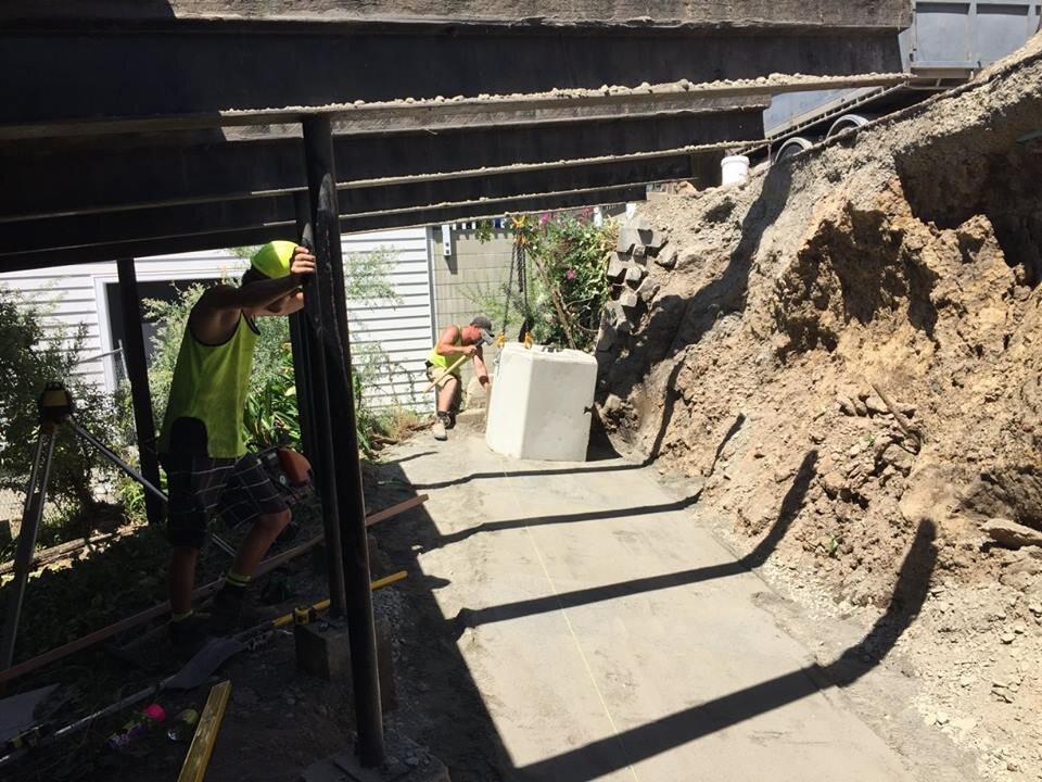 excavators bayphil.jpg