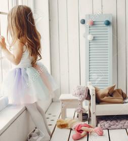 10 robes des princesses Disney que vous devez absolument avoir pour votre fille .