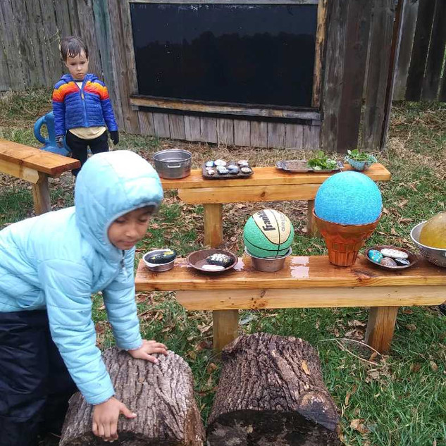 Arabella set up a mud kitchen and all the students got involved in it