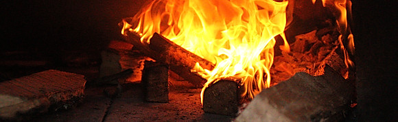 Wood Fired Pizzas & Calzones