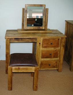 Cottage Single Pedestal Dressing Table