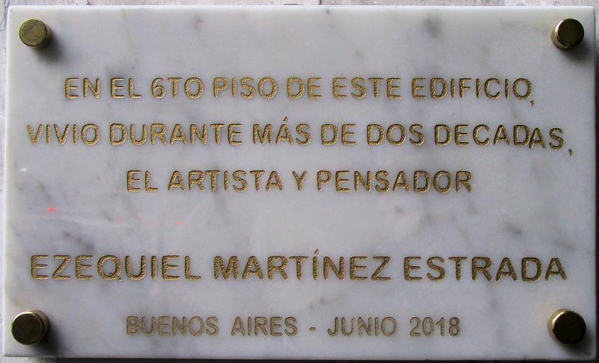Placa homenaje a EME