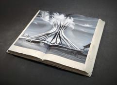 Livro de Pedra. Brasília, Catedral. 2020