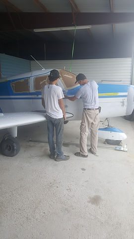 painting aircraft