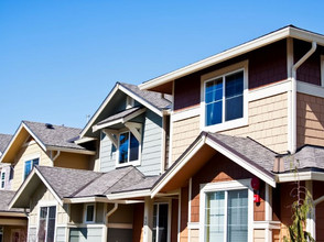 SINGLE-FAMILY OR MULTIFAMILY PROPERTIES? WHAT IS THE BEST FOR YOU