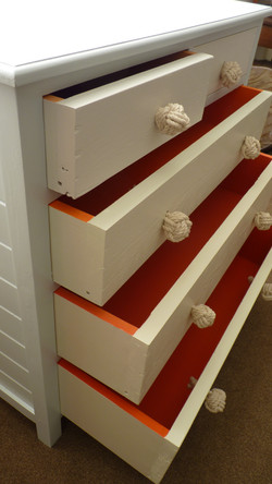 Seaside chest of drawers