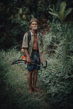 Balinese worker, Bali - 2015