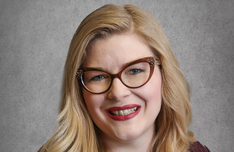 Greta Headshots Web-11.jpg
