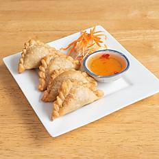 6. Curry Puffs (4pcs)