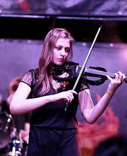 Уроки скрипки, гитары