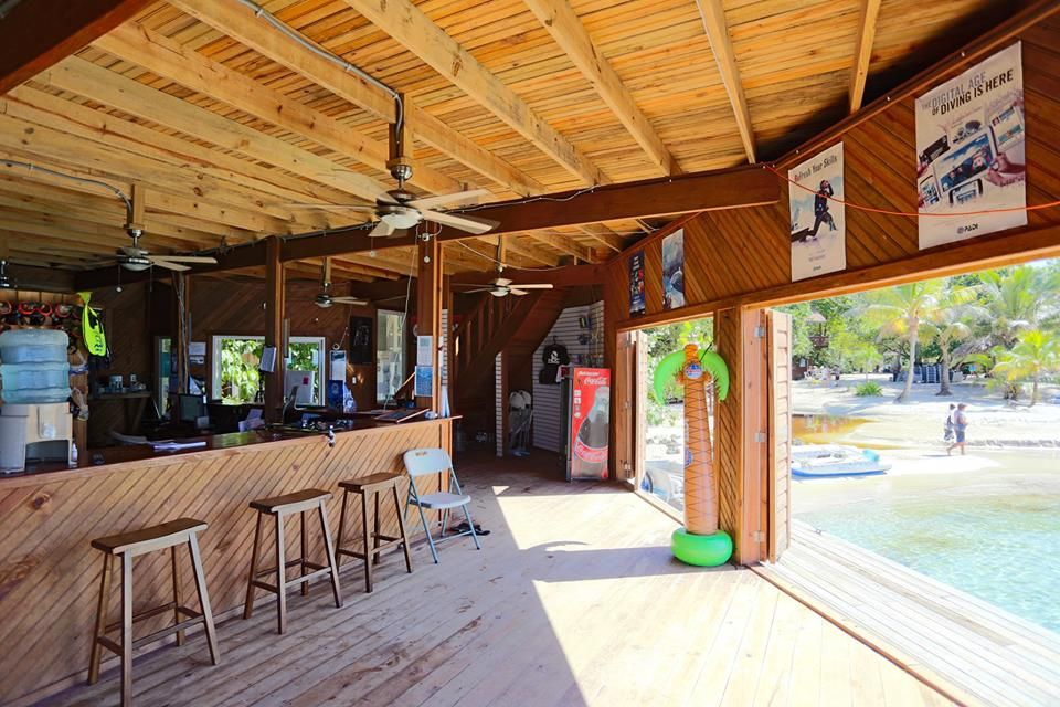 Inside Roatan Dive Center