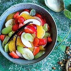 Frisk fruktsalat med vaniljesaus
