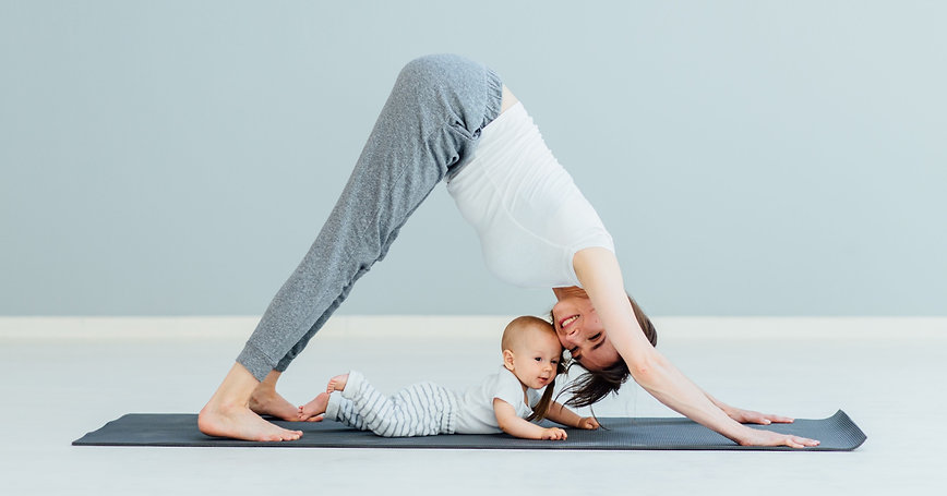Yoga zur Rückbildung mit Baby