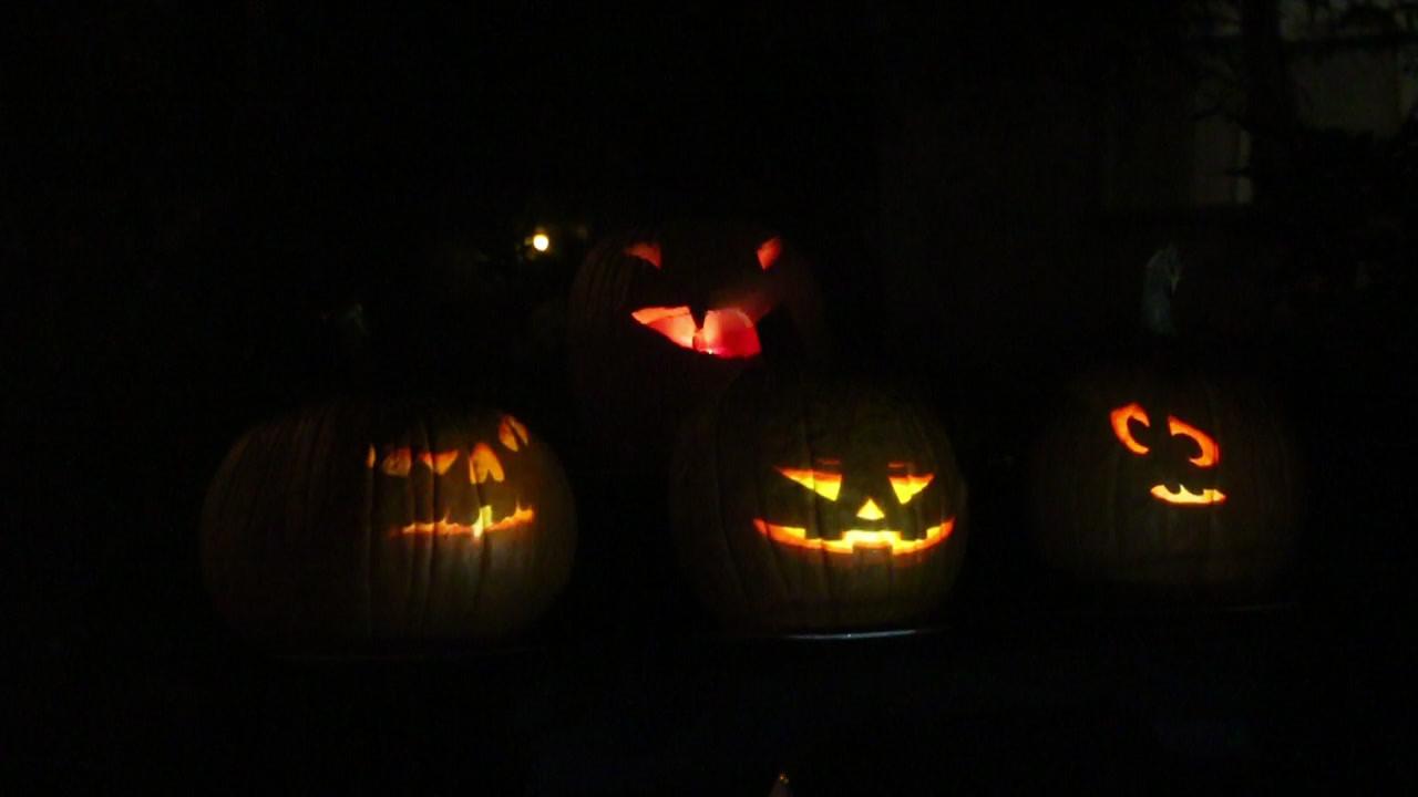 Singing and Flaming Pumpkins