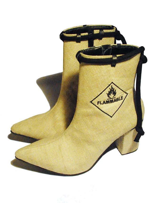 Flammable jute boots