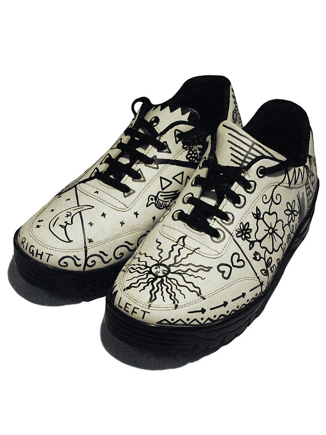 Handpainted and completely customisable leather Sneakers