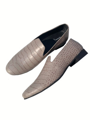 Crocodile Embossed leather loafers