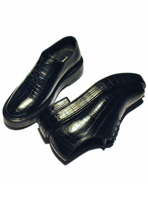 Crocodile Embossed Leather shoe with a super Chunky Sole