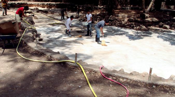 Le bassin 2007 Intervention à la chaux dans le bassin du Parc de l'Hermitage, Casablanca