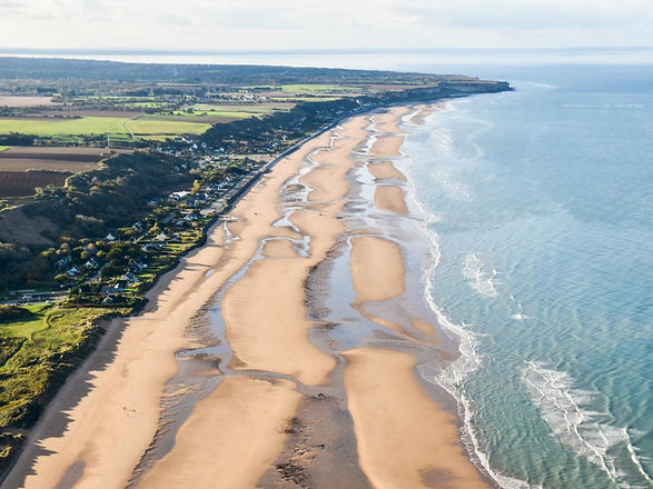 Omaha-Beach-vue-aerienne-credit-IsignyOm