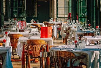restaurant-3597677_1920.jpg