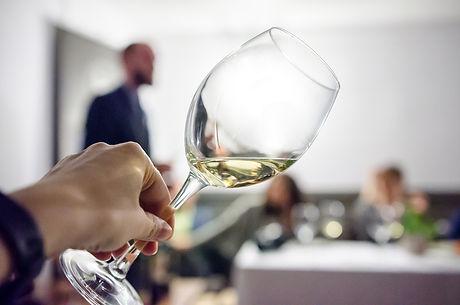 white_wine_tasting.jpg