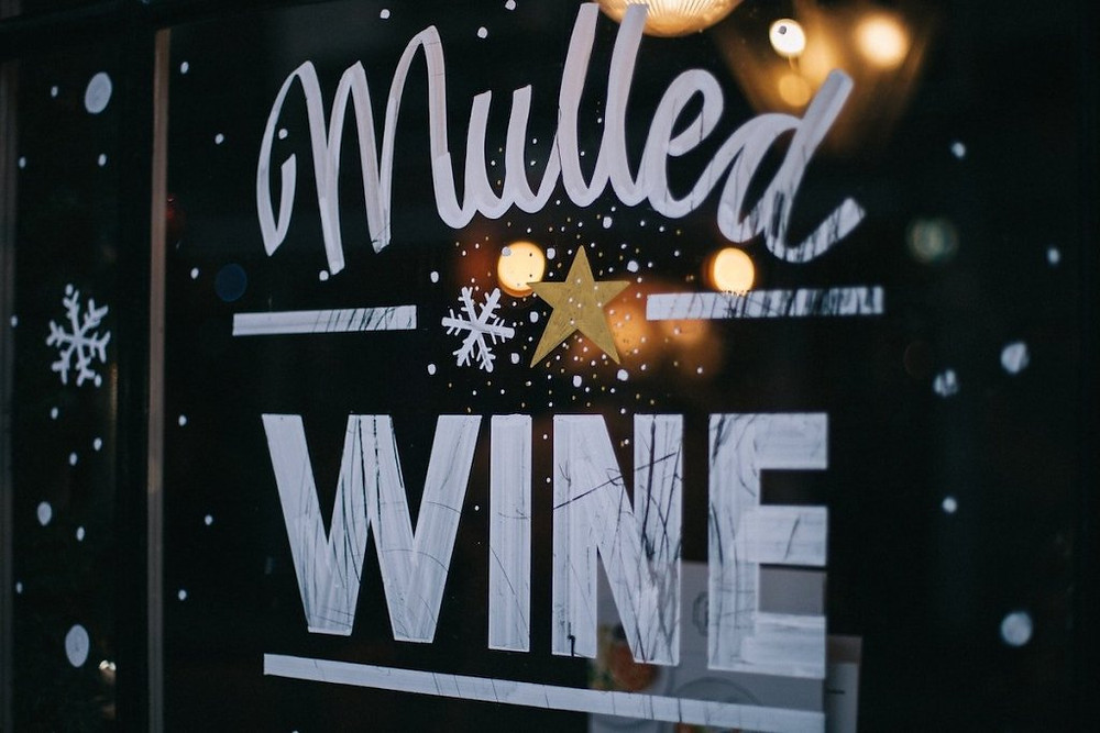 Mulled Wine sign on window.