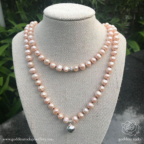 Necklace - Peach Freshwater Pearl, 925 Silver with bronze