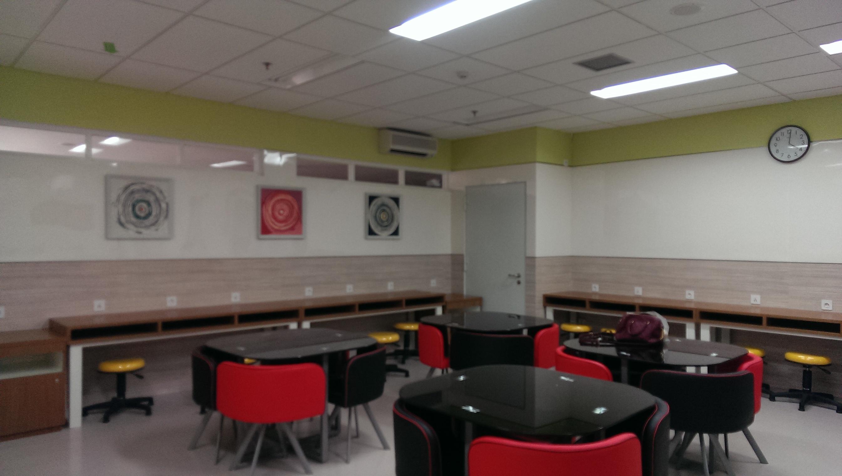 Universitas Indonesia Student Lounge Limesa Design