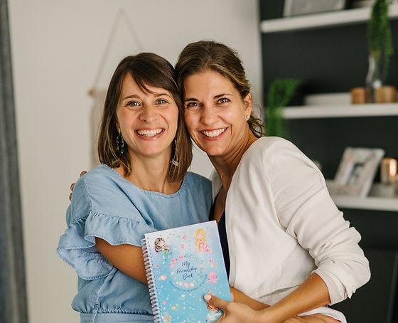 mums mother friends book smile friendship