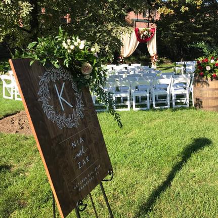 18-10-06 - Outdoor wedding decor.jpg
