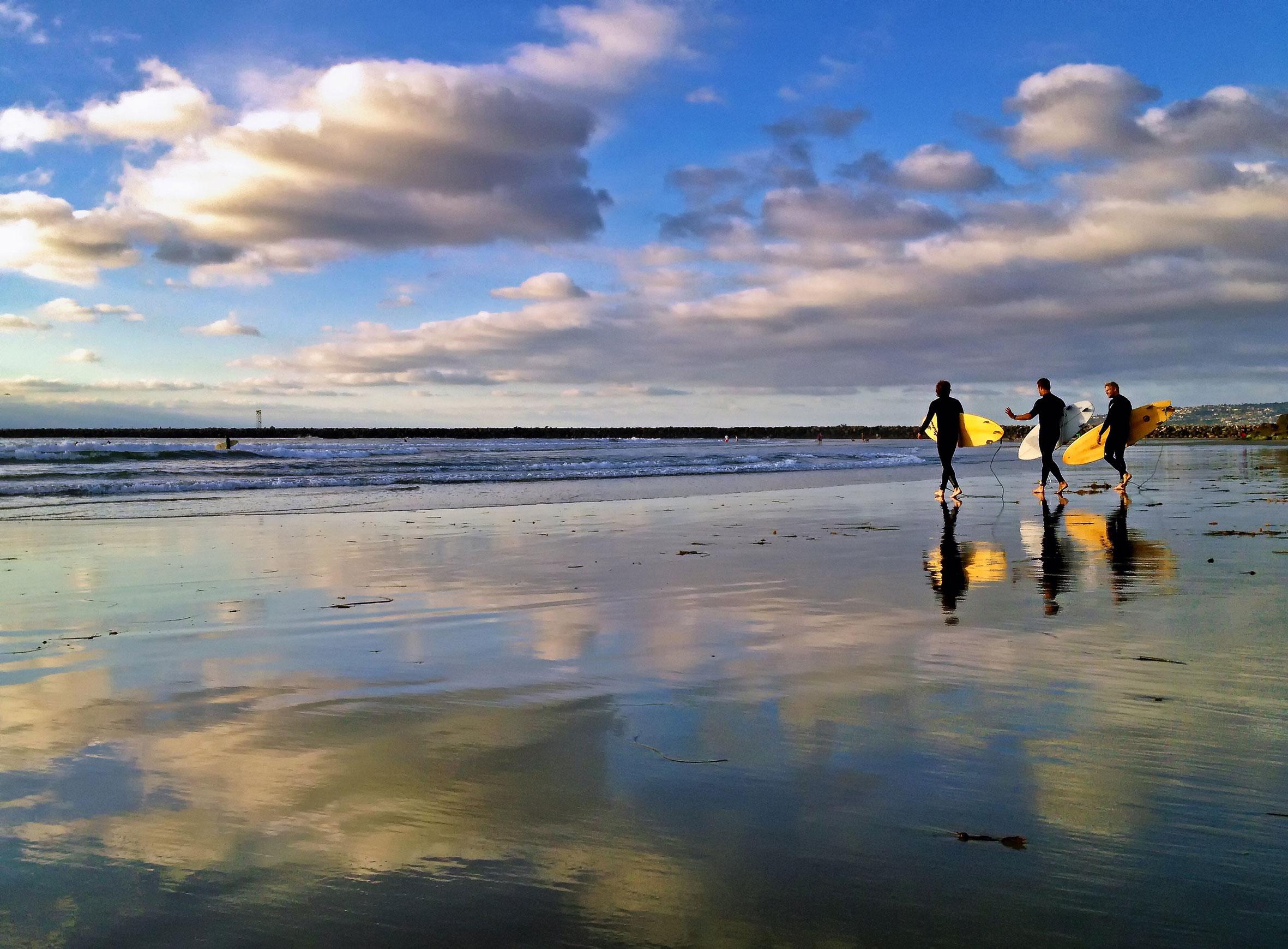 Surfers.jpeg