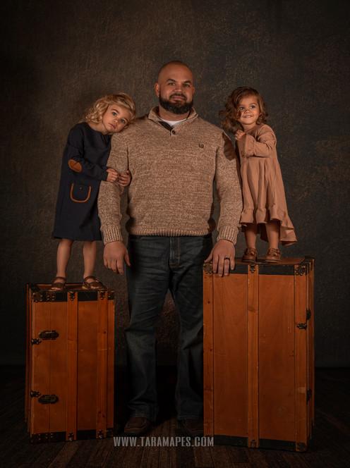 dad-little-girls-wm.jpg