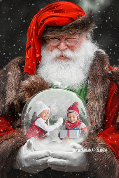 Victorian Santa Snow Globe