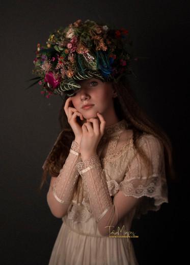 flower hat touch face w wm