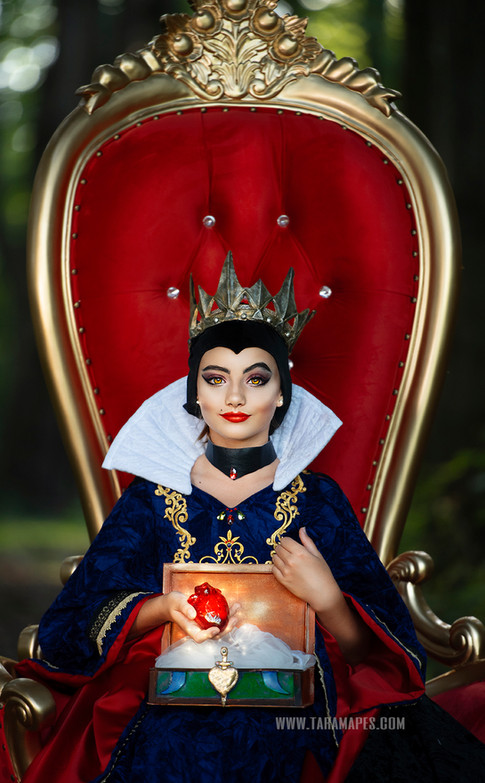 evil queen throne woods crop social media