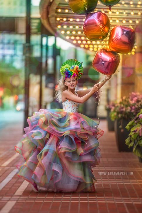 Aronoff balloons warm social media