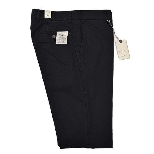 """True Khaki"" Modern Fit Pants"
