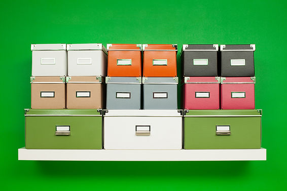 Stacked boxes with labels_XXL_iStock-186