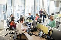 Busy office_XXL_iStock-496442232.jpg