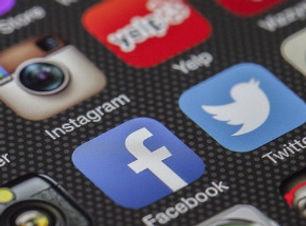 redes sociales.jpg