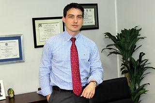 Doctor Pablo Noel  Médico especialista en Dermatología - Medicina Interna