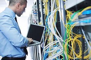 Especialista en Redes, Certificación CompTia, Aiyon Virtual