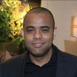 foto linkedin profile.jpg