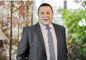 Doctor Luis Javier Cárdenas Médico Cirujano Gastroenterólogo especialista en Obesidad y Metabolismo