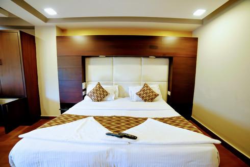 Premium Room (10).jpg