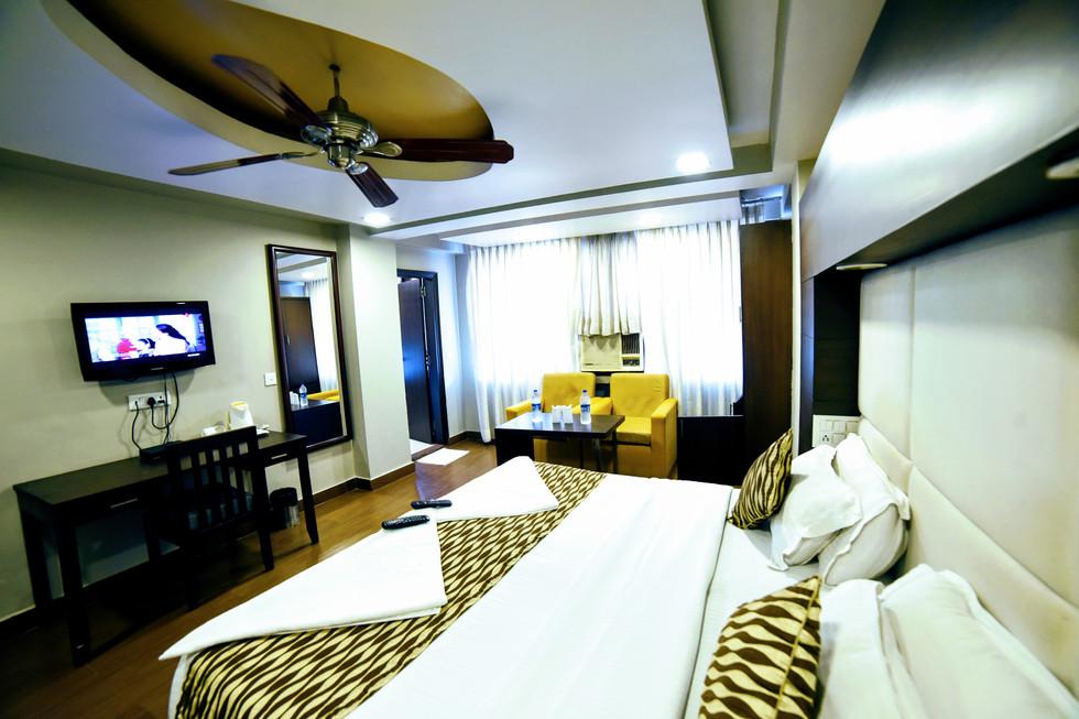 Premium Room (4).jpg