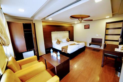 Premium Room (13).jpg