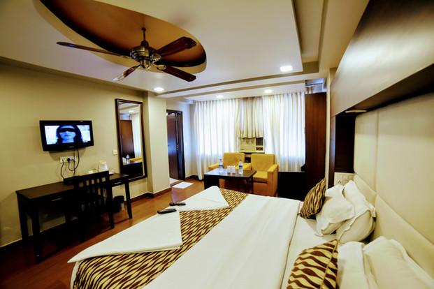 Premium Room (5).jpg