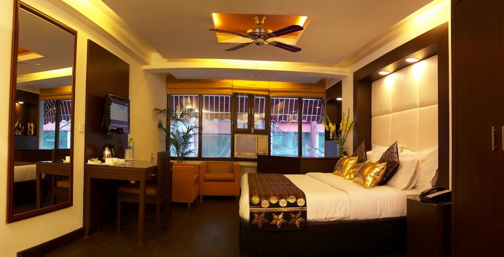 Club Room.JPG